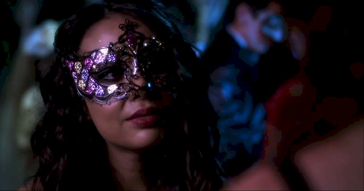 Pretty Little Liars - The Changing Faces Of Mona Vanderwaal - 1006