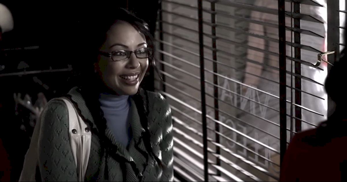 Pretty Little Liars - The Changing Faces Of Mona Vanderwaal - 1001