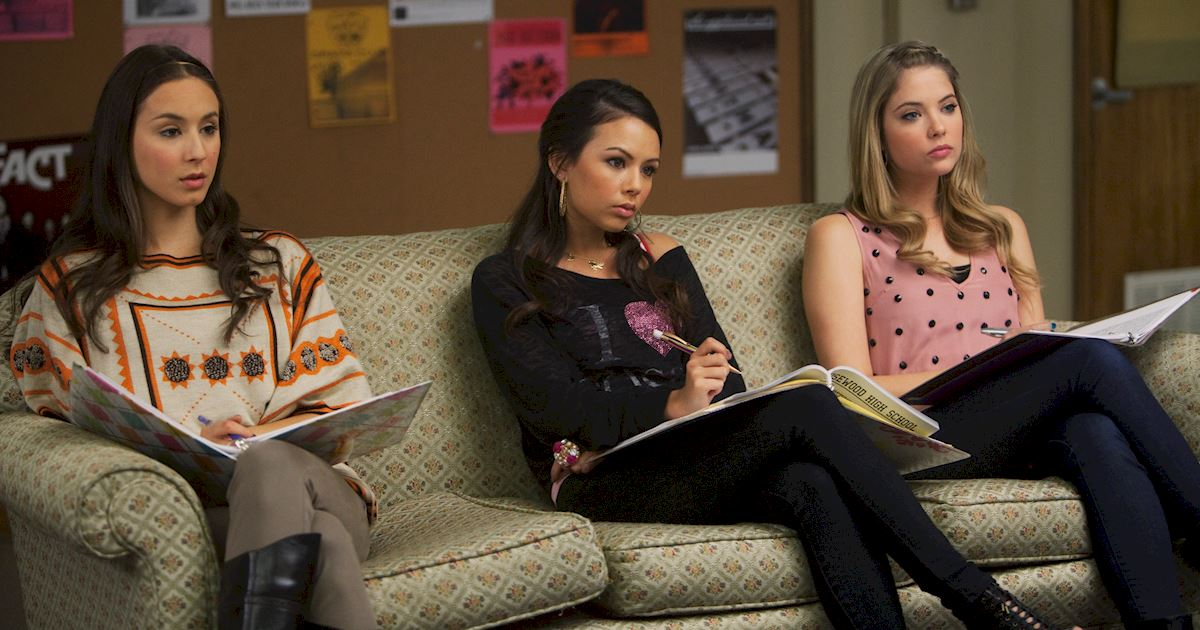 Pretty Little Liars - The Changing Faces Of Mona Vanderwaal - 1003