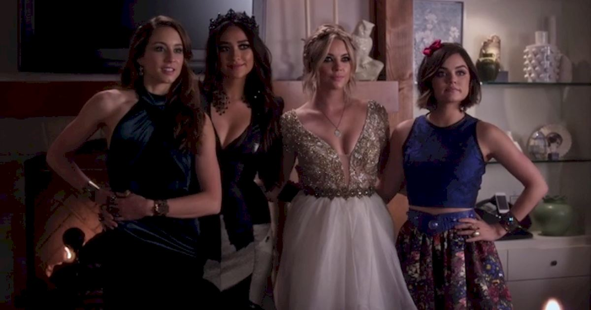 Pretty Little Liars - 5 Times The PLL Girls Wore Ball gowns Like A Boss - 1001