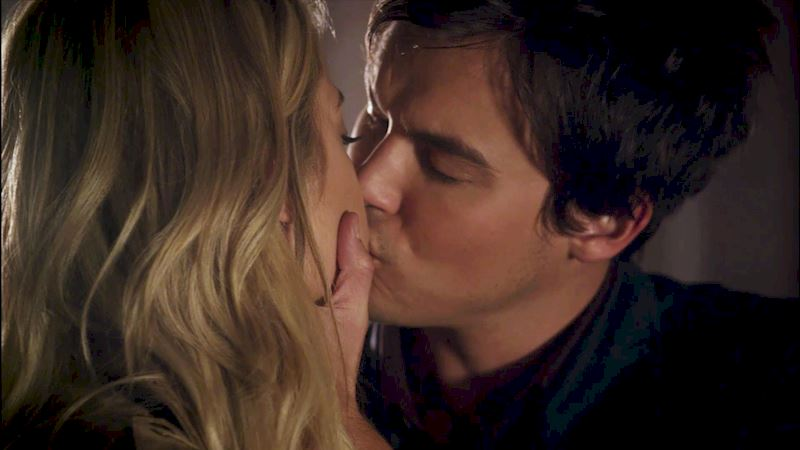 Pretty Little Liars - [POLL] Best Kiss Of Season 6! - Thumb