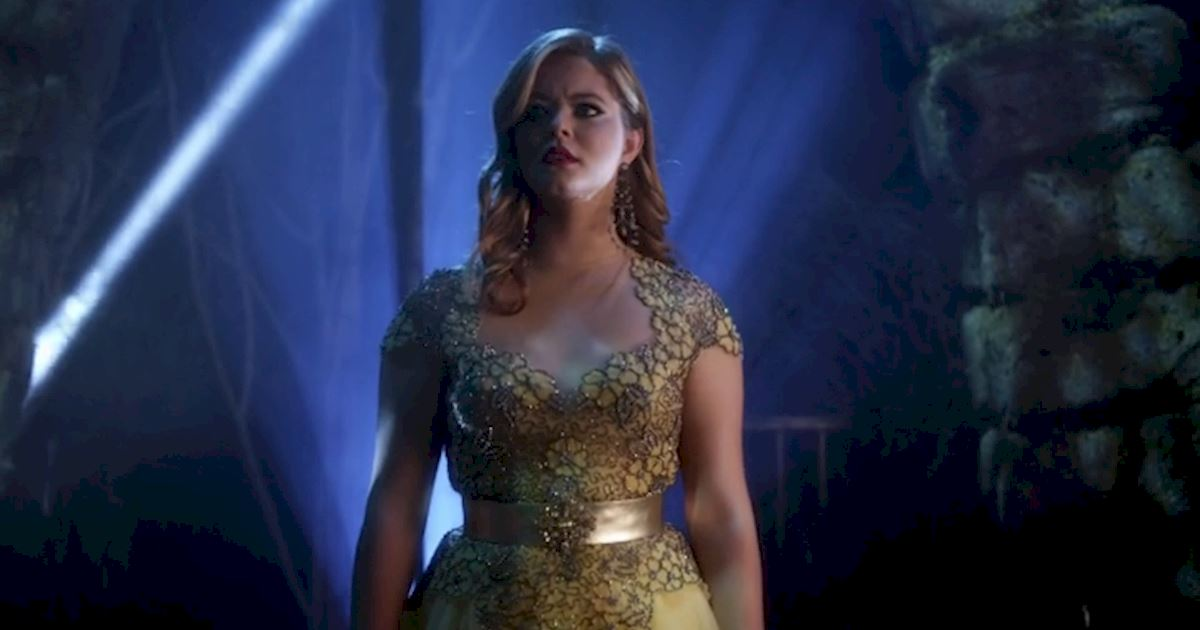 Pretty Little Liars - 5 Times The PLL Girls Wore Ball gowns Like A Boss - 1002