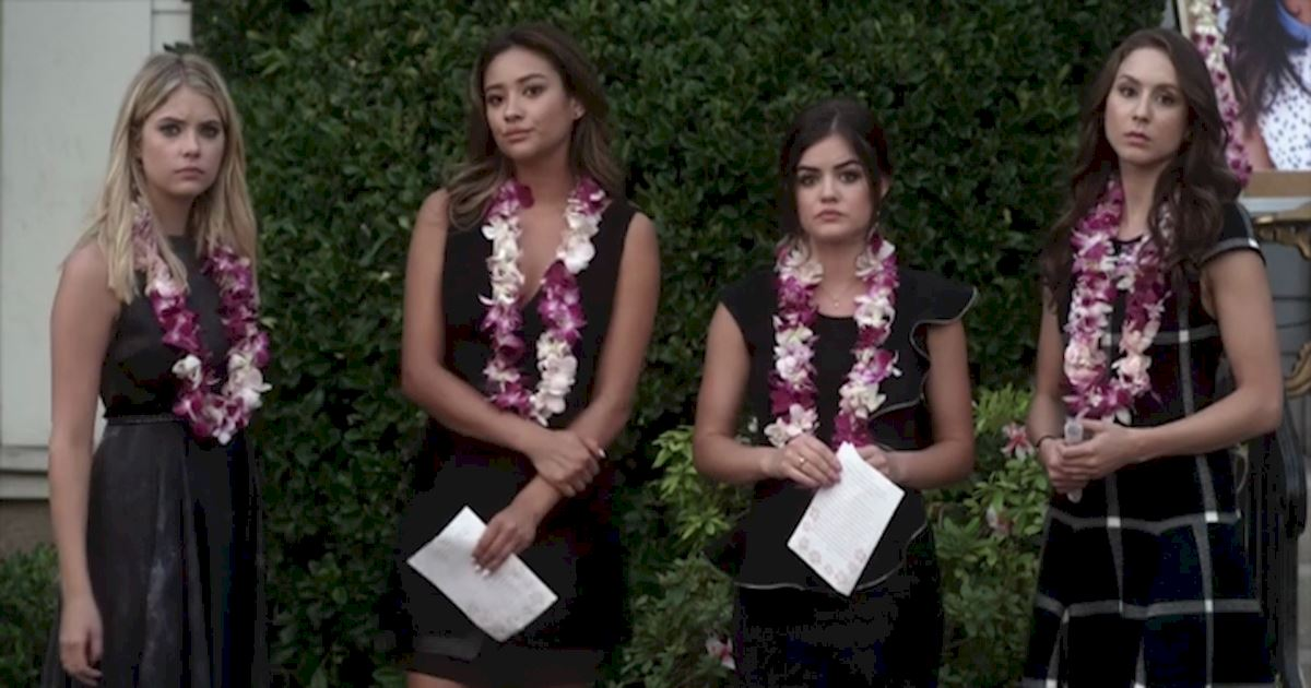 Pretty Little Liars - 13 Times PLL Brought Funeral Fashion To Life! - 1009