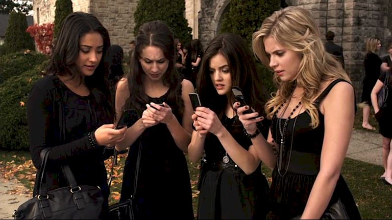 Pretty Little Liars - #WBW: The Best Threats From 'A' In Season One!  - Thumb