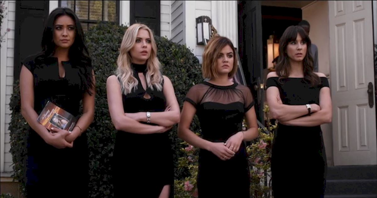 Pretty Little Liars - 13 Times PLL Brought Funeral Fashion To Life! - 1010