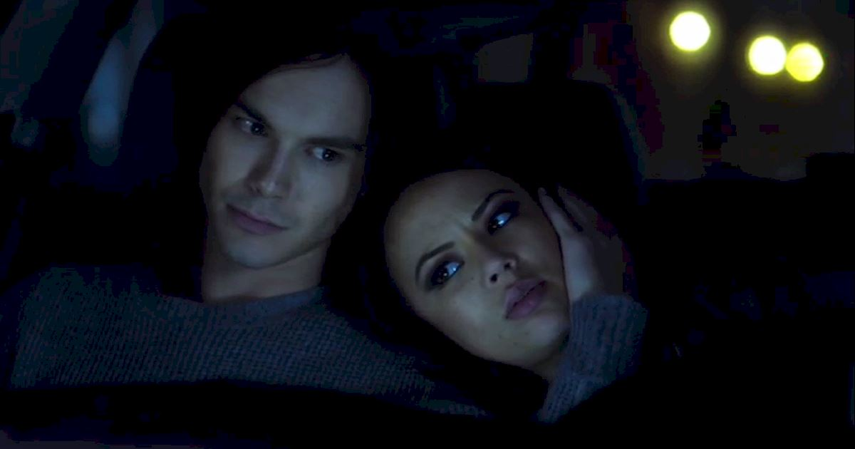 Pretty Little Liars - 10 Of Mona's Best Frenemy Moments - 1001