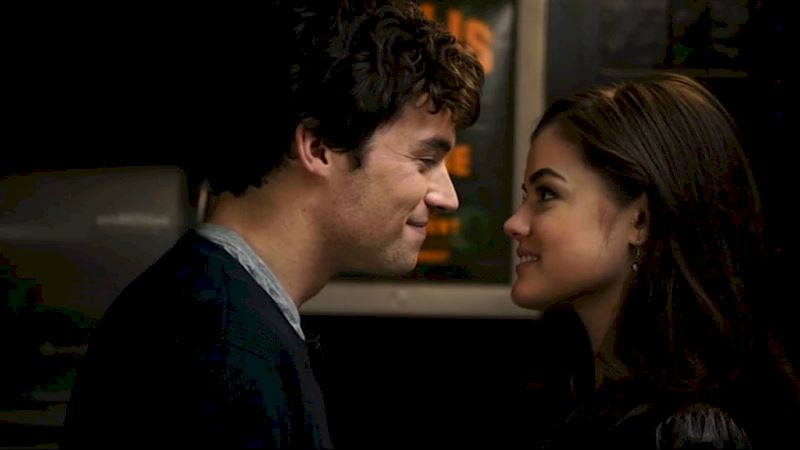 Pretty Little Liars - [POLL] Most Romantic Moment in Season 1 - Thumb