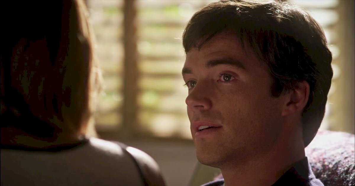 Pretty Little Liars - 18 Times Ezria Made Us Feel Way Too Much - 1019