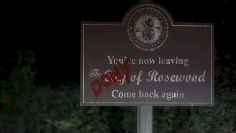 Pretty Little Liars - [CHECKLIST] Are You Brave Enough To Move To Rosewood? - Thumb