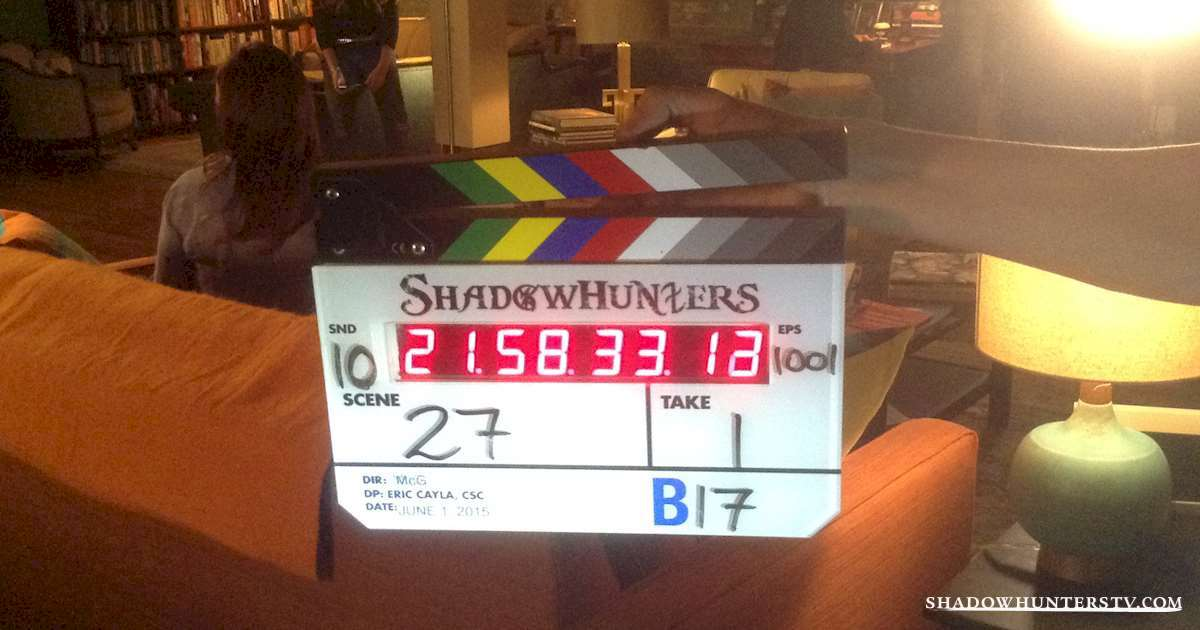 Shadowhunters - [EXCLUSIVE] The Making of Shadowhunters: Inside the Fray Household - 1001