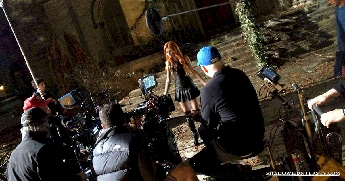 Shadowhunters - The Making of Clary Fray - with EXCLUSIVE Photo! - 1006