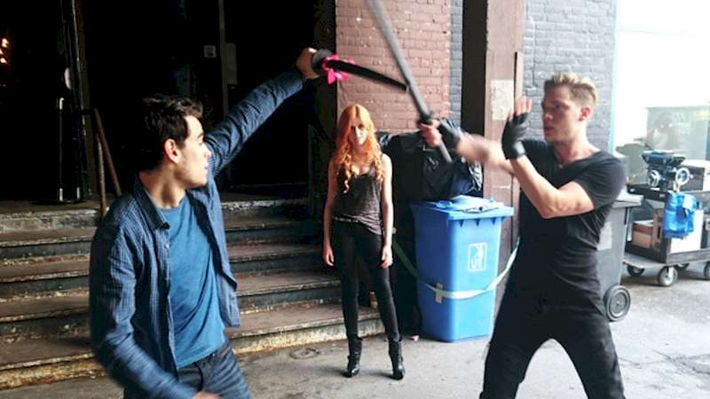 Shadowhunters - The Making of Shadowhunters: Fight Training - Thumb