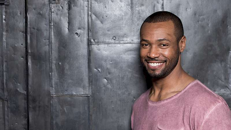 Shadowhunters - [EXCLUSIVE] Twitter Chat With Isaiah Mustafa - Thumb