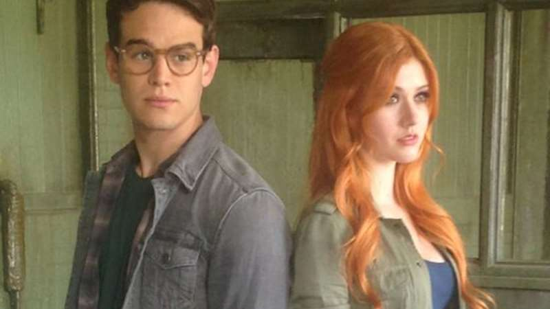 Shadowhunters - [EXCLUSIVE PHOTO] Mad For Mundies - Thumb