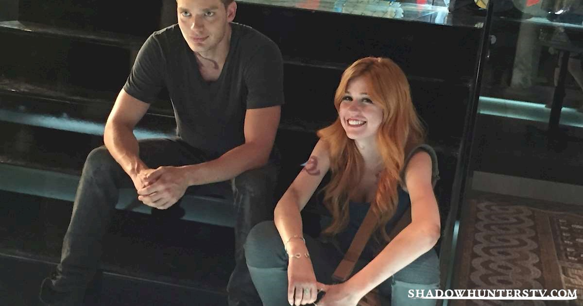 Shadowhunters - [EXCLUSIVE PHOTOS] Jace and Clary! - 1003
