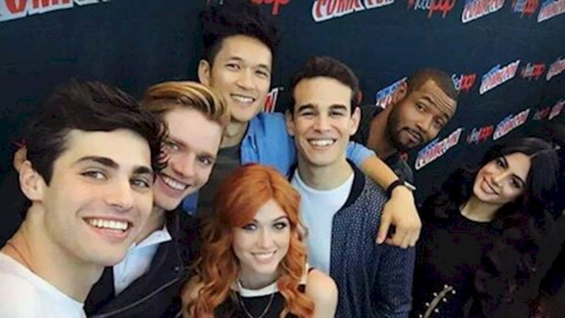 Shadowhunters - 23 Big Moments From New York Comic Con! - Thumb