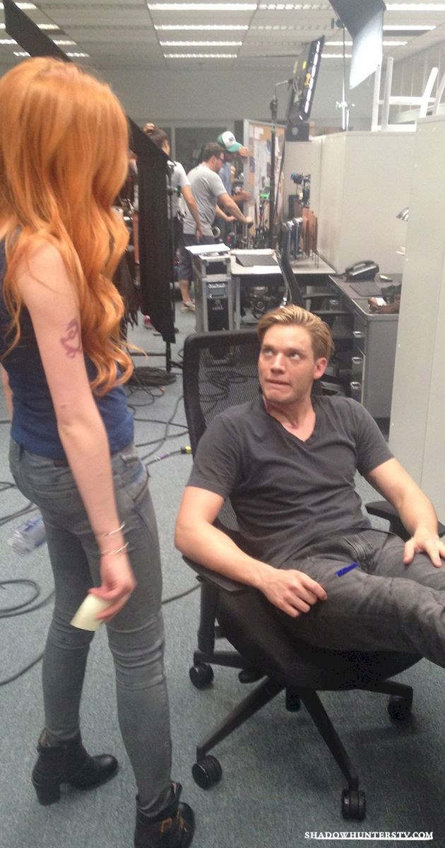 Shadowhunters - Caption This Pic: Kat And Dom! - 1001