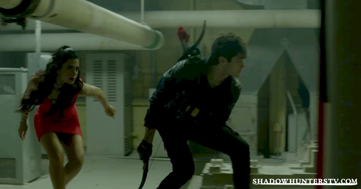 Shadowhunters - 18 Things We Learned from Beyond The Shadows - 1004