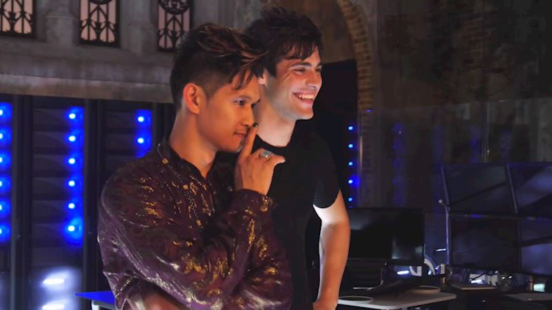 "Shadowhunters - Supersized ""Caption This"" Comment Challenge: Malec And Climon - Thumb"