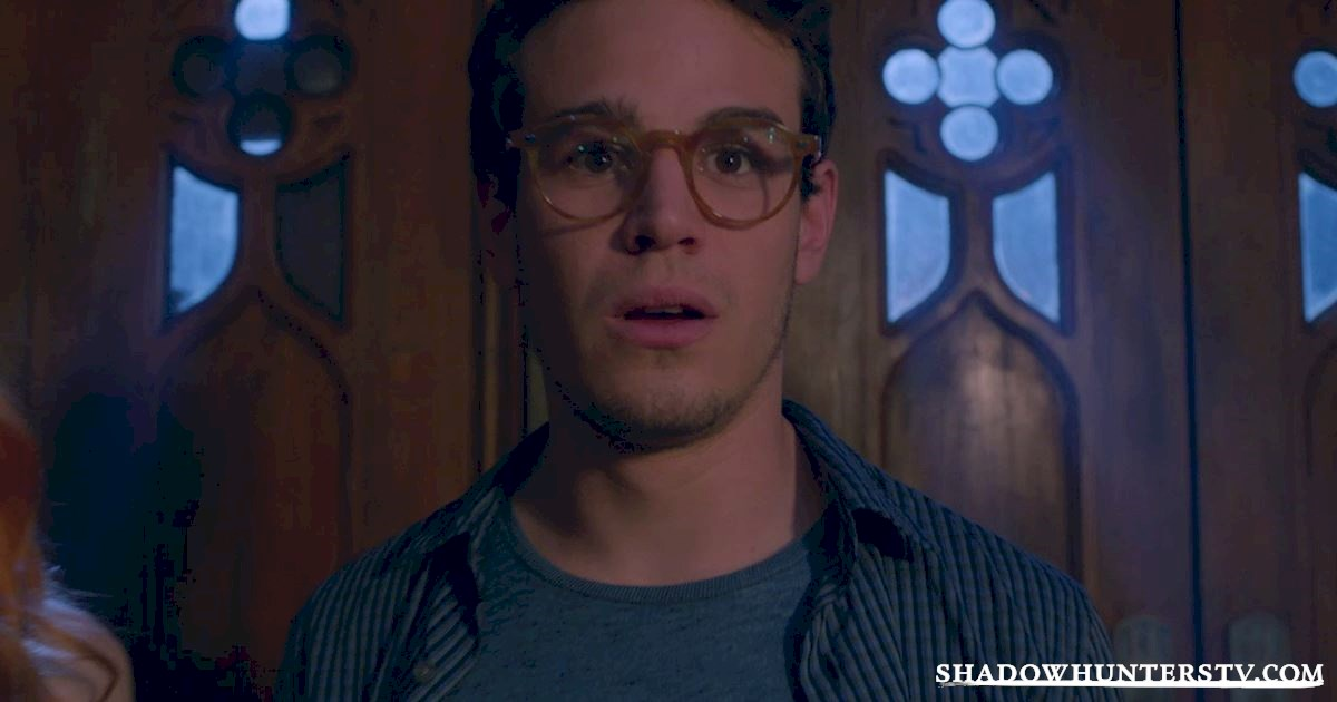 Shadowhunters - 15 Times Shadowhunters Perfectly Summed Up Christmas Gift Faces - 1003