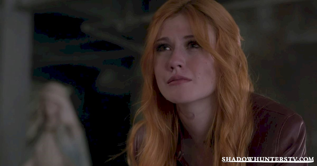 Shadowhunters - 15 Times Shadowhunters Perfectly Summed Up Christmas Gift Faces - 1015