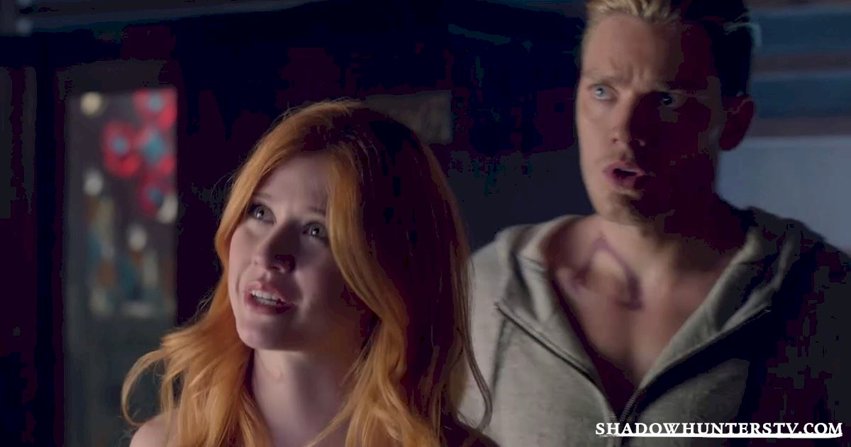 Shadowhunters - 15 Times Shadowhunters Perfectly Summed Up Christmas Gift Faces - 1018