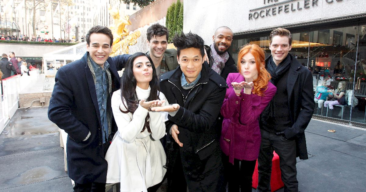 Quiz A Shadowhunters Christmas Day Which One Are You