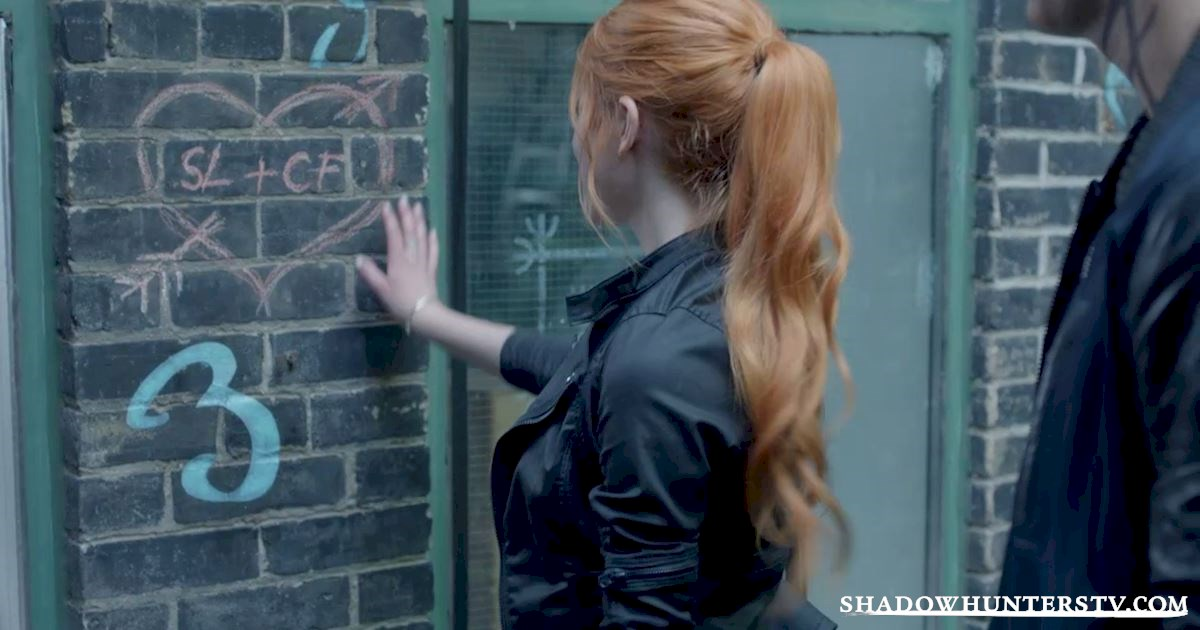 Shadowhunters - 10 Things Everyone Is Doing On New Year's Day - 1006