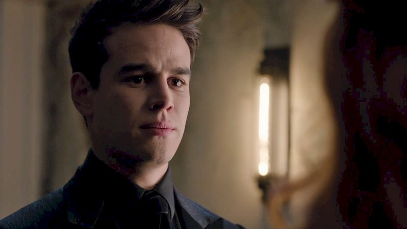 Shadowhunters - Simon's Career Path: A Brief History - Thumb