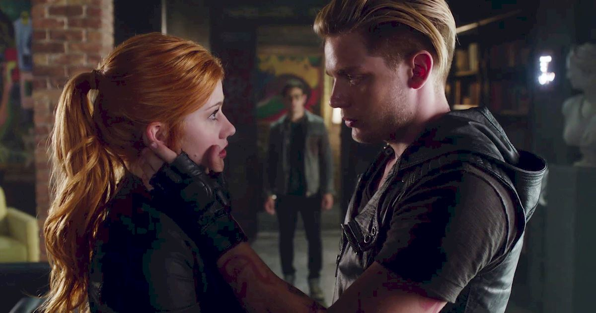 Shadowhunters - 40 Reasons You Need Jace As Your Bodyguard! - 1013