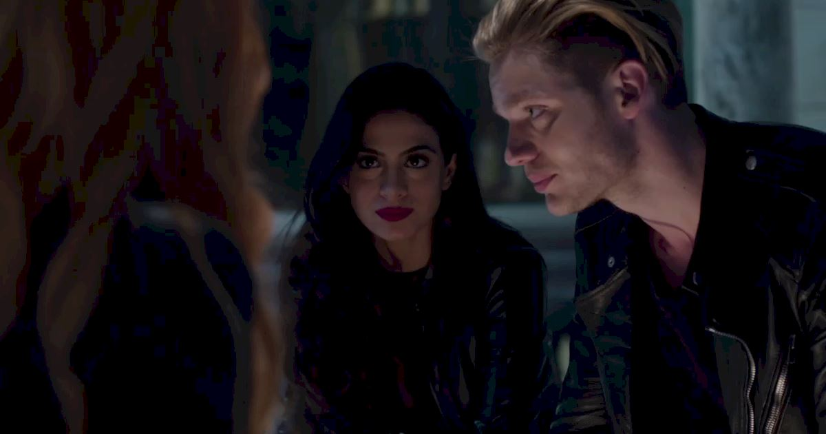 Shadowhunters - 40 Reasons You Need Jace As Your Bodyguard! - 1018