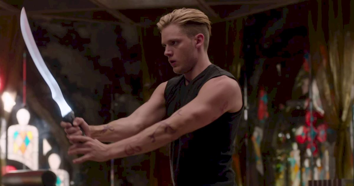 Shadowhunters - 40 Reasons You Need Jace As Your Bodyguard! - 1027