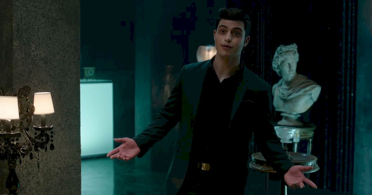 Shadowhunters - 22 Times Raphael Slayed Us! - 1003