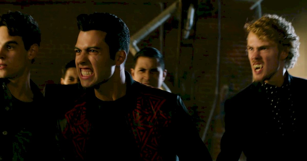 Shadowhunters - 22 Times Raphael Slayed Us! - 1020