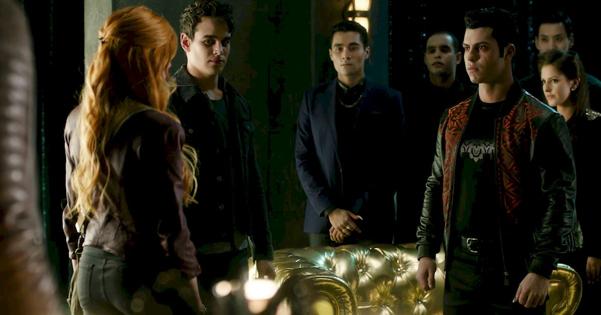 Shadowhunters - 22 Times Raphael Slayed Us! - 1017
