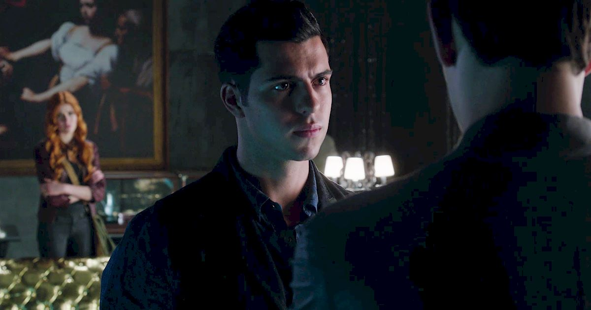 Shadowhunters - 22 Times Raphael Slayed Us! - 1019