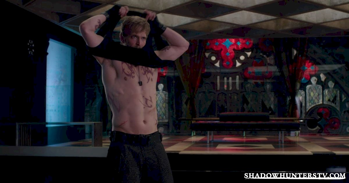 Shadowhunters - 12 Times We Totally Felt Bad For Hodge - 1003