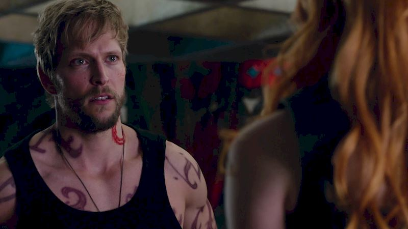 Shadowhunters - 12 Times We Totally Felt Bad For Hodge - Thumb