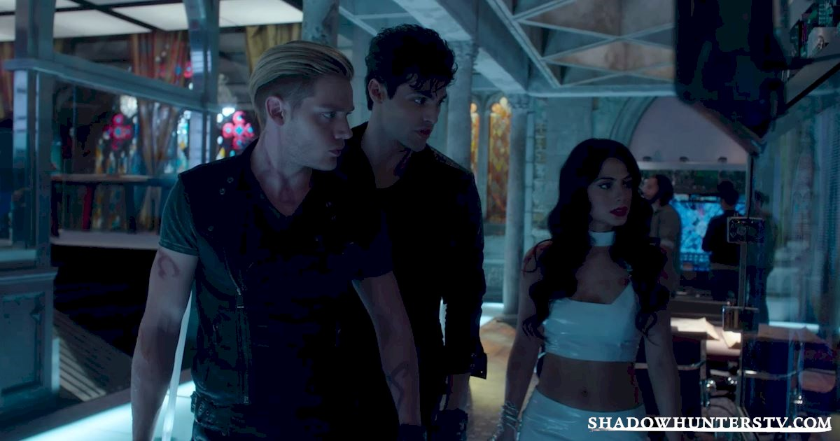 Shadowhunters - 26 Things We Learned From The Shadowhunters Premiere - 1008
