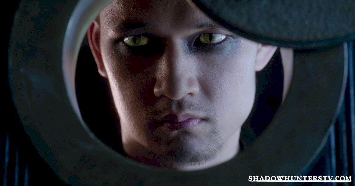 "Shadowhunters - Episode 101: ""The Mortal Cup"" Official Recap - 1006"
