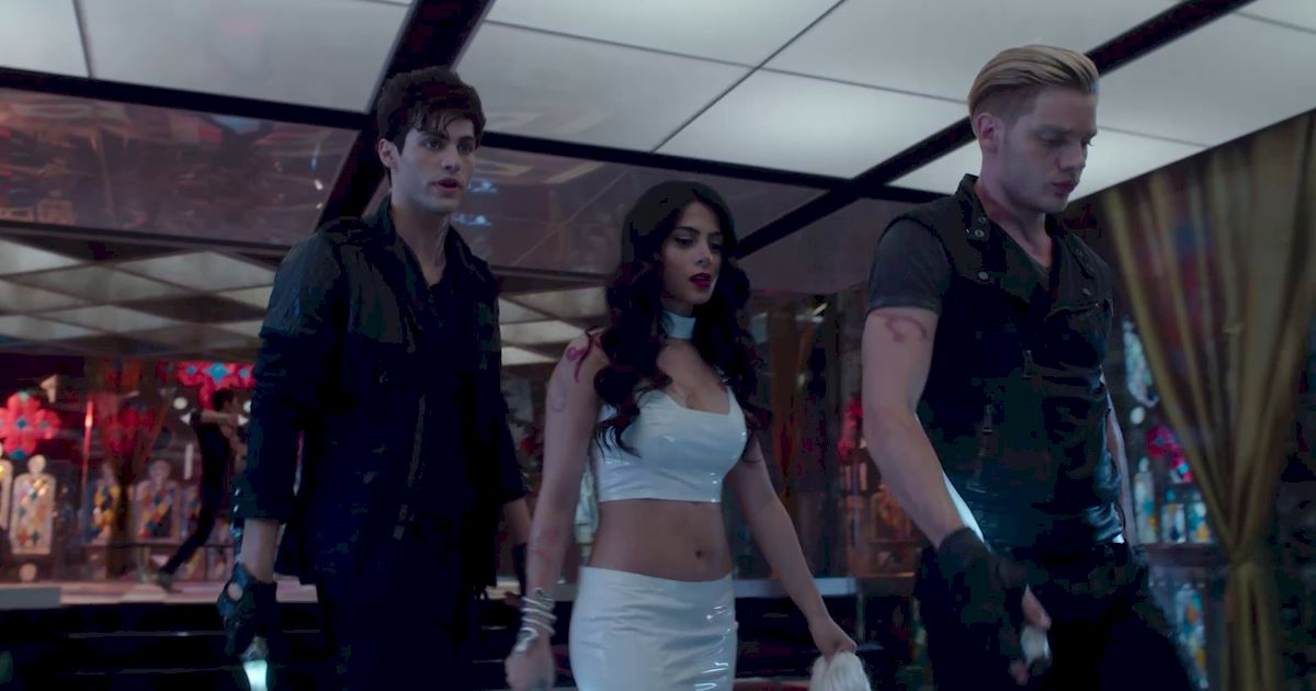 Shadowhunters - Which Shadow World Family Are You Secretly Totally Made For?  - 1012