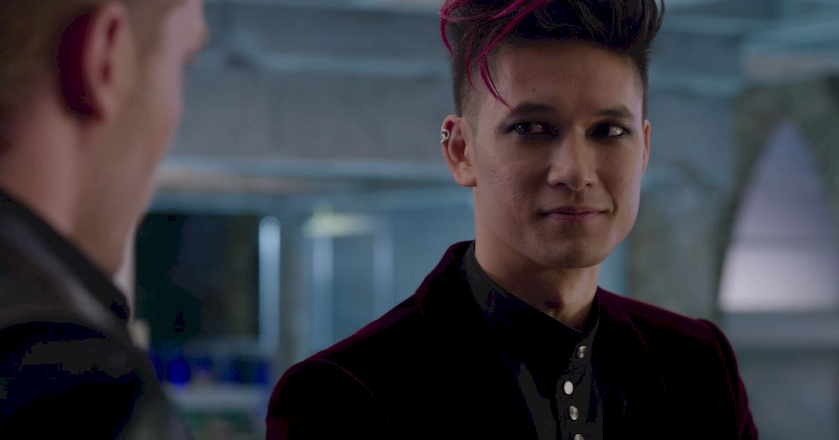 Shadowhunters - Was Magnus Right? Is Warlock Tracking The Most Powerful Form of Tracking? - 1007