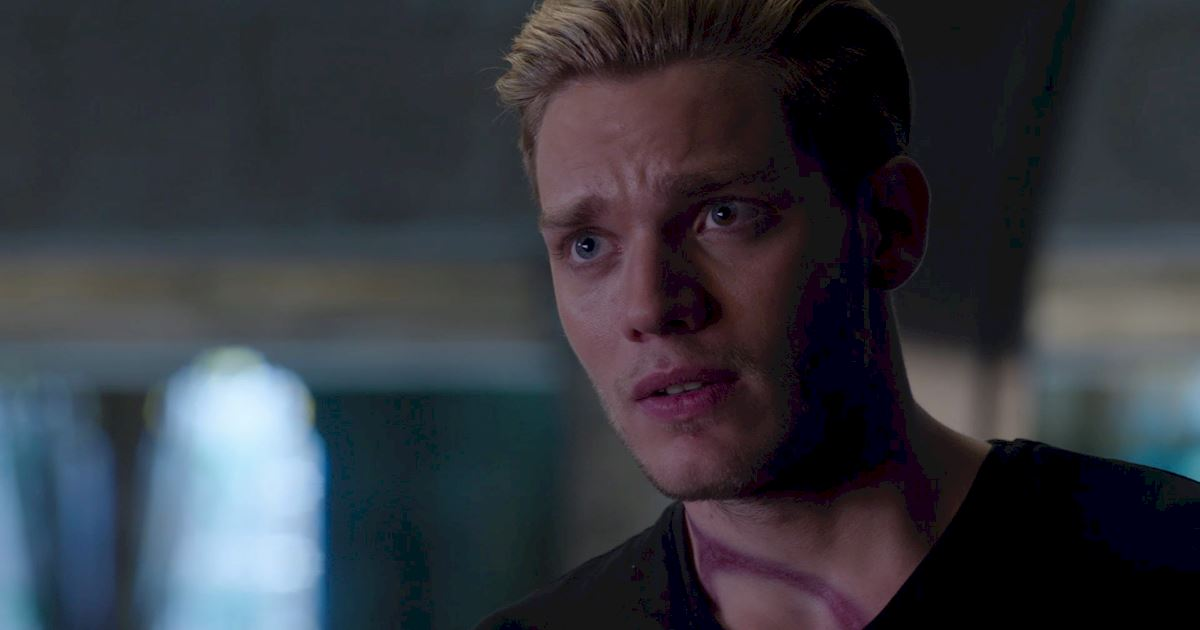 Shadowhunters - 17 Times Jace Showed His Emotional Side!  - 1006
