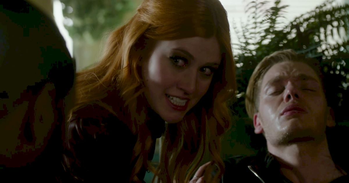 Shadowhunters - 17 Times Jace Showed His Emotional Side!  - 1009