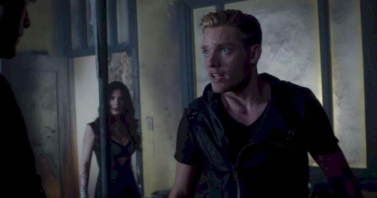 Shadowhunters - 17 Times Jace Showed His Emotional Side!  - 1002