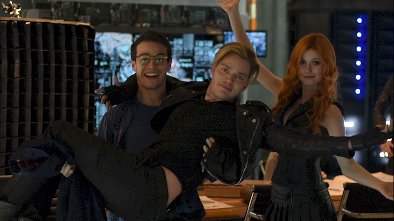 Shadowhunters - Caption This: Ta-DA! - Thumb