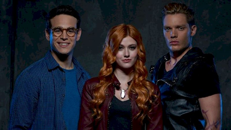 Shadowhunters - Which Member Of A Shadow World Love Triangle Would You Be? - Thumb