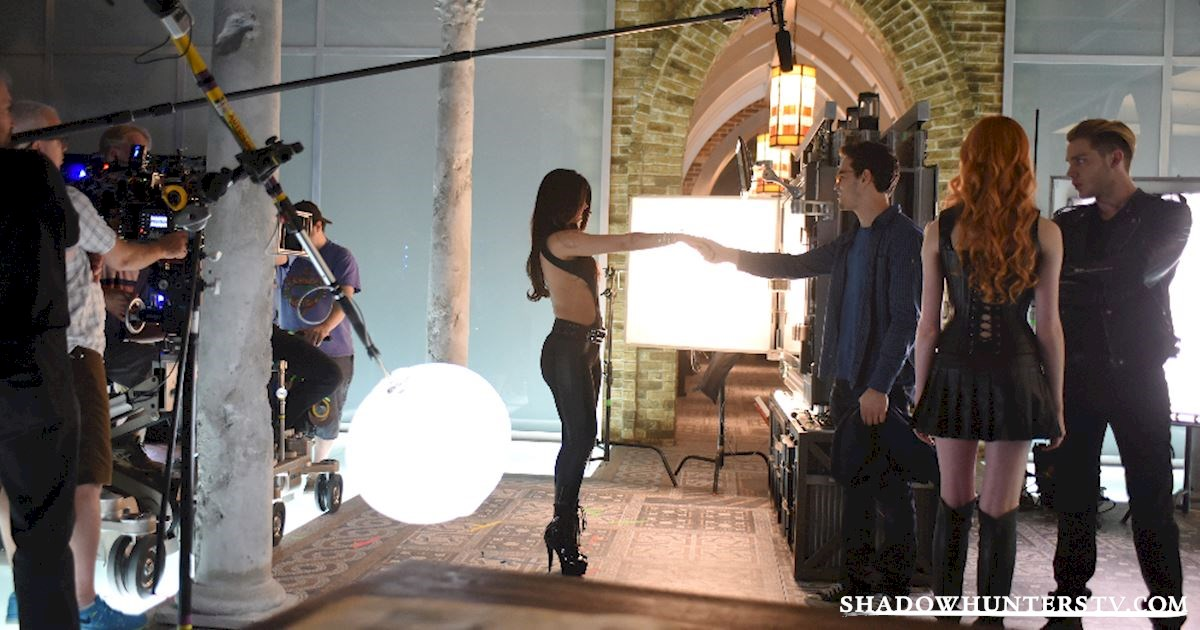 Shadowhunters - Episode 102: Behind The Scenes Photos! - 1004