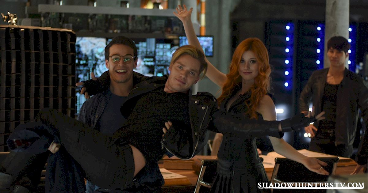 Shadowhunters - Episode 102: Behind The Scenes Photos! - 1006