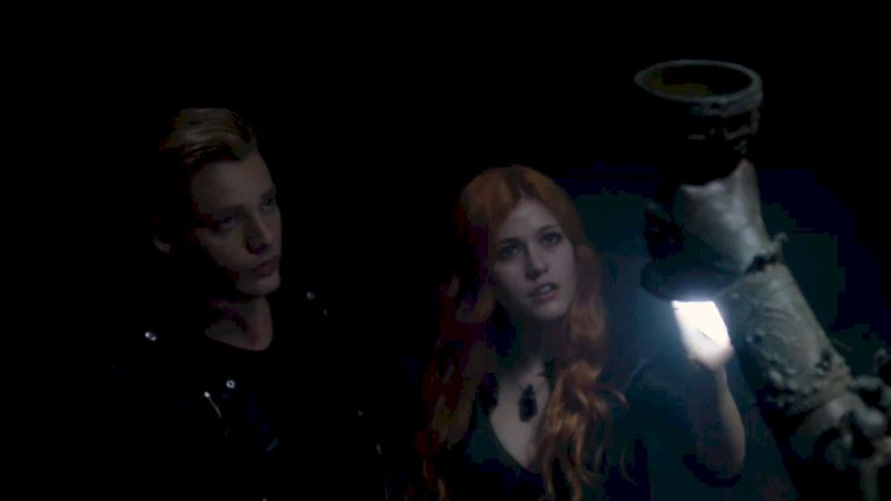 Shadowhunters - [SNEAK PEEK] - Episode 2: Clary & Jace - Thumb